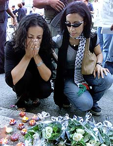 Palestinians mourn the WTC attacks in East Jerusalem